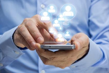 mani, telefonino, scrivere, sms, clienti, pazienti